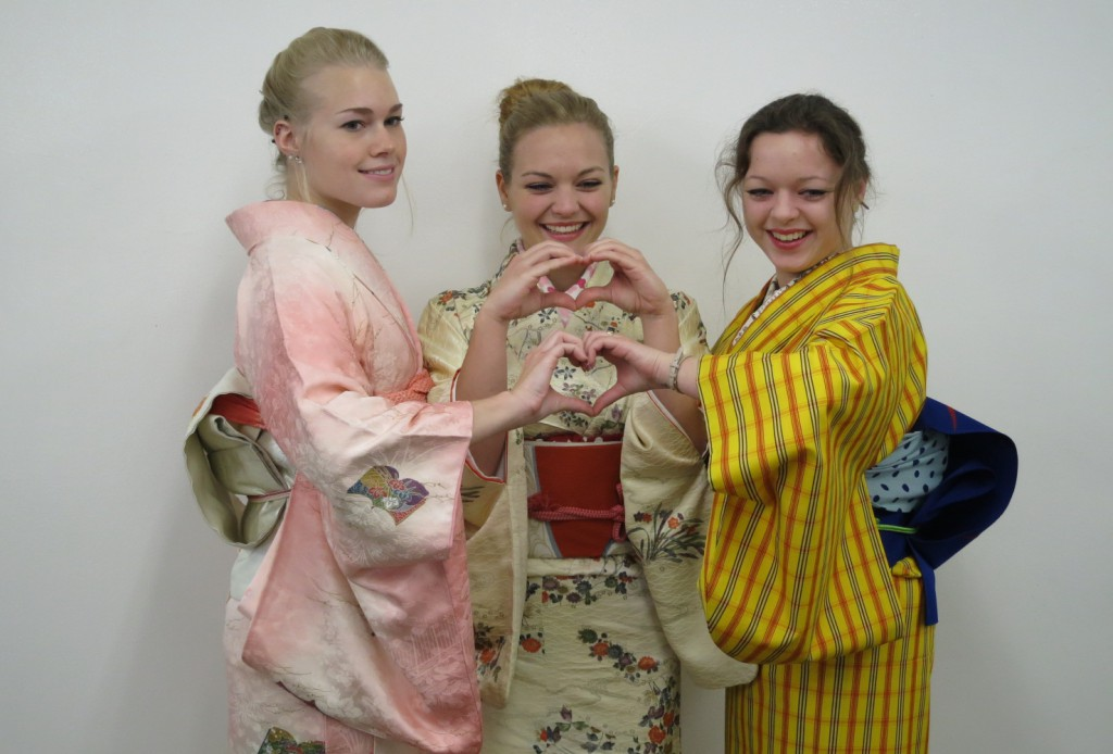 Japan travel tour「Kimono rental-visits your hotel」